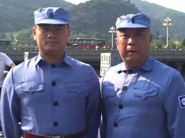 元通集团常务副总辛整建(右)